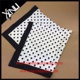 100% Seide gedruckter Frauen-Form-Quadrat-Schal