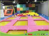 Trampoline ao ar livre da ginástica, parque do Trampoline da aptidão para crianças