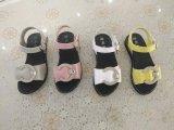 Cuoio di modo dei sandali del capretto dei sandali dei bambini