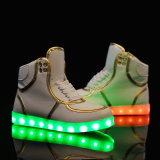 Santiro 남자의 Breathable LED는 운동화 번쩍이는 스포츠 단화를 불이 켜진다