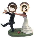 カスタマイズされた結婚のカップルの樹脂は写真フレームが付いているヘッドについてへまをする