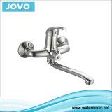 Choisir le mélangeur fixé au mur Jv73305 de cuisine de traitement