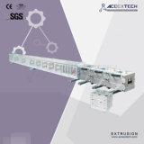 Ligne de production à la machine d'extrusion de profil de Decking de WPC
