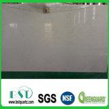 販売のための白い張りめぐらされた設計された水晶石の平板
