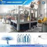 Het Vullen van het Mineraalwater van de Fles van het huisdier Spoelende het Afdekken Machine 3in1