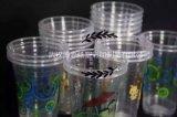 Copos plásticos desobstruídos descartáveis, fontes do partido, bebidas do frio