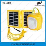 Lanterne solaire portative d'éclairage à la maison avec l'ampoule s'arrêtante