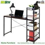 Escritorio de oficina de madera de metal de la manera con el estante (WS16-0013, para los muebles caseros)