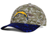 La gorra de béisbol material del camuflaje se divierte los sombreros con insignia del bordado