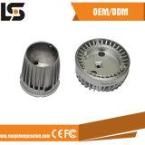 Kundenspezifische Aluminiumlegierung-Einspritzung den Druckguß, der LED-Deckel-Fabrik formt