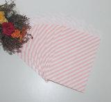 Sacos de papel dos doces da listra para o partido luxuoso