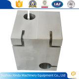 中国ISOは工場提供によってカスタマイズされたCNCの機械化の部品を証明した