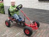 大きい子供のペダルはフィートカート車をするKartのおもちゃの子供の行く