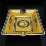 Het hoge Gele Asbakje van de Sigaar Cohiba van het Patroon van het Kant Quanlity Ceramische (S-eb-088)