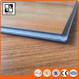 Suelo superficial grabado del tecleo del PVC con fibra de vidrio