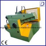 Tagliatrice idraulica di uso del metallo