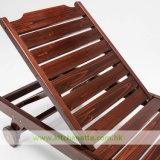 Presidenza di legno solido del Poolside del Brown scuro con la stuoia smontabile (WH-D862)