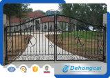 黒によって電流を通される管の錬鉄のゲート/Countyardのゲート