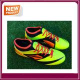 Chaussures de football en trois couleurs pour hommes (YH022)