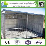 チェーン・リンクの金網の鉄の塀ハンドメイド犬の犬小屋