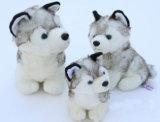 卸し売りリアルな野生動物の柔らかいおもちゃによって詰められるオオカミのプラシ天のおもちゃ