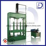 Machine en plastique hydraulique verticale de compacteur de bouteille
