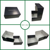 印刷された段ボールボックス白の内部の波形の荷箱
