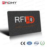 袖のカードを妨げる札入れの保護装置RFID
