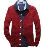Uomini lavori o indumenti a maglia, uomini che lavorano a maglia vestiti, cappotto del maglione degli uomini, uomini vestito, maglione degli uomini, lavorante a maglia