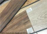 L'UE en bois de plancher de cliquetis de PVC de tuile testent