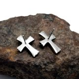 Cross Stud Earrings Men & Women Acessórios de moda Punk Style