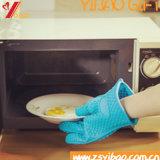 De Klantgerichte Hittebestendige RubberHandschoenen van uitstekende kwaliteit van het Silicone van Ovenwanten