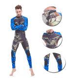Swimwear di immersione con bombole del camuffamento del neoprene con il rilievo di ginocchio di gomma