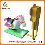 Het muntstuk stelde Machine van het Spel van de Paardenrennen van de Rit van Jonge geitjes 3D in werking