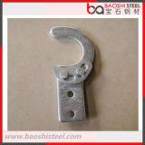 Prolongación del andén de acero del andamio con el gancho de leva