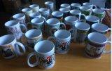 Tasse de café avec l'impression de logo de propriétaire