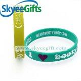 Vários Wristbands personalizados do silicone com amostras livres