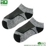 Neuer Entwurfs-Großverkauf-kundenspezifische Mann-Knöchel-Socken