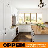 De Witte L-vormige Keukenkasten van Oppein met Eiland Op17-PVC02