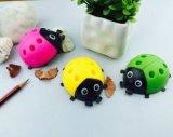 Sharpener de lápis creativo da forma dos besouros dos desenhos animados dos artigos de papelaria