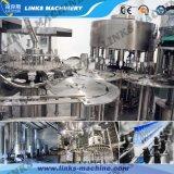 Machine recouvrante remplissante de liquide de bouteille en verre