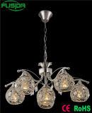Iluminación elegante con la luz pendiente cristalina del hierro para la decoración de la vendimia
