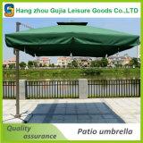 ベースが付いている3mの片持梁傘の市場庭浜の屋外の日よけ
