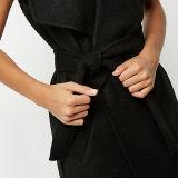 Пальто сыпни 2016 самых новых женщин конструкции черное подпоясанное Sleeveness