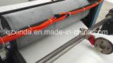 Los colores imprimieron la máquina de papel plegable del tejido de la servilleta
