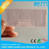 Etiqueta inalterable de la frecuencia ultraelevada RFID con el pegamento de los 3m fijado en el parabrisas del coche usado para la gerencia del coche