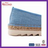 Chaussures antidérapantes d'espadrille de modèle neuf