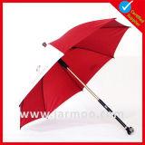 Costume que anuncia o guarda-chuva relativo à promoção com punho reto
