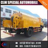 Dongfeng 12000Lの高圧下水道のクリーニングのトラックの下水道の吸引タンクトラック