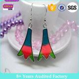 カスタム女の子のための高品質の金属によって形づけられる塗られたイヤリング